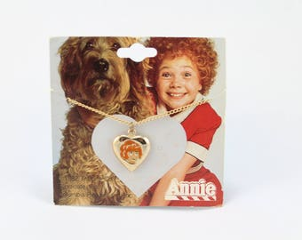 Little Orphan Annie Necklace, Rare New Vintage Jewelry, 1982 Columbia Pictures, Tribune, Orphan Annie Jewelry, Original 1980s Annie necklace