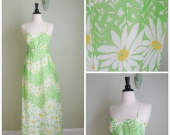 Summer Clearout Green 1960's Daisy Maxi Dress