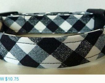 "Sale - 50% Off Dog Collar - Black, Grey & White Modern Plaid Collar - ""Tucker"" Free Colored Buckles"
