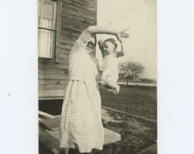 Vintage Snapshot Photo: Hanging by a Thumb, c1930s (710616)