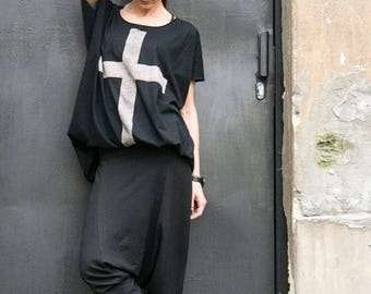 "SALE NEW COLLECTION  Black Cotton  ""Cross"" Tee / HandMade Oversize Black T-Shirt / Casual top by Aakasha Top A12146"