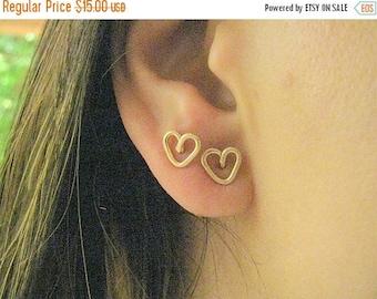 SALE - Tiny heart studs - heart stud earrings - gold studs heart