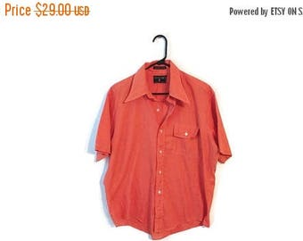 ON SALE Vintage Button down shirt size Large Red 1970s pocket