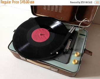 ON SALE Turntable NOT Working ,vinyl record player ,technics turntable, Record player, vinyl record , record player,