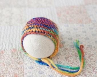 Newborn Rainbow Hat, Merino Wool Rainbow Hat, Rainbow Newborn Bonnet, Knit Rainbow Bonnet, Rainbow Baby Hat, Knit Newborn Hat, Rainbow Prop