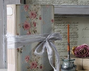 """Country rose wedding guest book