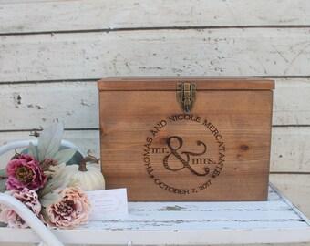 Barn wood Wedding Card Box, Rustic Wedding Decor, Wedding Cards,  Dark Stained Wedding card Box, Barn Wedding Decor, card box