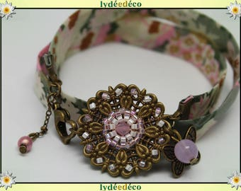 Bracelet Pastel print pastel pink liberty Fleur khaki and beige glass beads and brass
