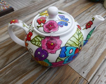 Butterfly and Floral  Teapot, Kitchen, Gifts, Wedding Gift, Birthdays, Afternoon Tea, Flowers,Butterflies, Teapots,Handpainted