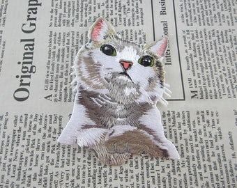 White Cat Embroidered Applique Iron On Patch