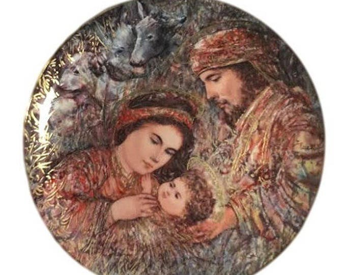 Knowles Vintage Christmas Wall Decor, Fine Porcelain Plate Edna Hibel, Mary Joseph Baby Jesus, THE NATIVITY, Box COA 414B