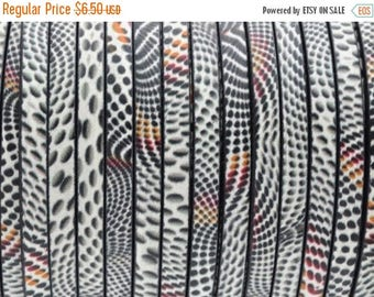 "ON SALE 5MM Flat Leather - Illusion Print - Multi-Color - 2ft/24"""