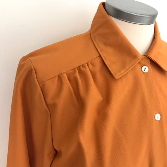 1970s blouse burnt orange shirt disco top 40s feel 70s square cut UK 10 12 dagger collar glam rock 1940s look copper