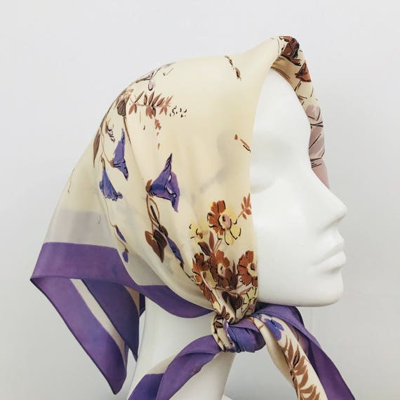 Vintage scarf novelty print lilac country house scene rayon crepe headscarf 1930s 1940s  crinoline lady floral