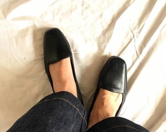 Vintage Black buttery soft leather minimalist Flats Ballet Slip Ons Enzo size 8.5