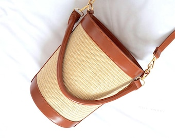 bucket straw bag vintage look 50s caramelbrown PU leather - vegan friendly!