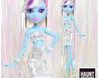 "Monster Doll Haunt Couture 2017 ""Metallic Snow 2 piece"" high fashion doll clothes"