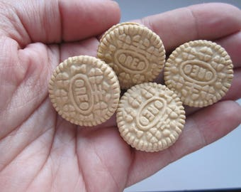 Oreo magnets: set of 4/mini Golden Oreo magnets/Polymer clay magnets/Magnet set/Refrigerator magnet/Oreo magnets/Golden Oreos