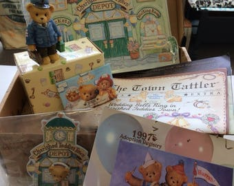 1996-1997 cherished Teddies Club membership figurine and items. In original box.