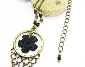 "Short Necklace ""La Précieuse"" brass, black lace flower and glass beads"