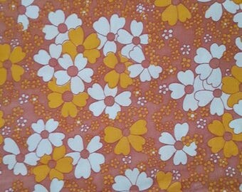 70s vintage fabric. Made in Sweden. Mod pink orange retro floral print, Scandinavian design. Quilting fabric floral fabric