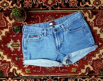 "Sale*90s Tommy Hilfiger sz7 Denim shorts,trending now ""Vintage Tommy"" seen in all fashion magazine,must have 2017 summer look"
