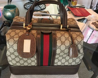 SALE! Vintage Gucci Train Make Up Case Pristine!