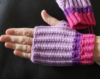 Fingerless gloves women, short, pure Merino Wool, purple/violet/Fuchsia