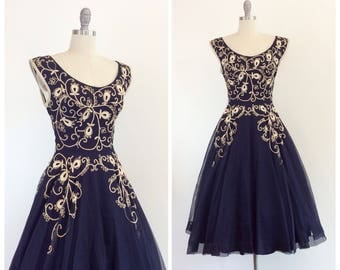 50s Navy Blue Embroidered Party Dress / 1950s Vintage Sun Summer Day Dress / Medium / Size 6