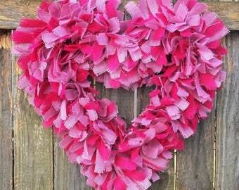Valentine's Wreath, Valentines Decor, Heart Wreath, Valentine's Love, Burlap Valentine Wreath, Valentine Gift for Her, Pink Valentine Wreath