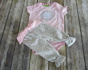 Baby Girl Coming Home Outfit-Monogrammed, Personalized, Newborn Coming Home,Baby Shower,Gift,Custom,Newborn Baby Girl Outfit
