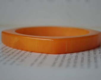 Vintage Orange Bakelite Bangle - 1960s Chunky Geometric Tangerine Bracelet