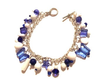 Bracelet.  Blue and White.  7.5 inches long. Charm Bracelet.