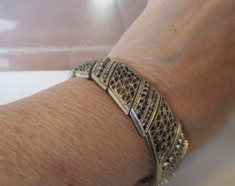 Vintage Bracelet, Silver Bracelet, Pierced Panels, Unmarked, Elastic, Collectible Jewelry