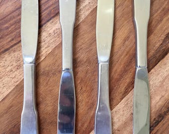 Reed & Barton Mirrorstele Knife - Set of 4