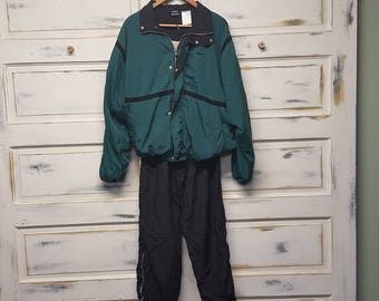 Vintage Nike Sweatsuit/Jogging suit full zip, Black and dark green