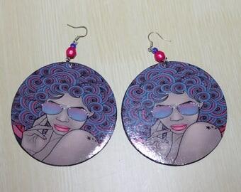 Curly afro chic earrings;Black art earrings;Dangle earrings;Afro earrings;Diva earrings;Cardboard earrings;Pierced dangle earrings;