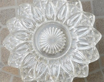 Vintage Pressed Glass Plates, Glass Dessert Plates, Lunch Plates Set of 6