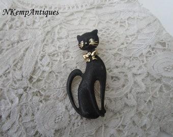 Enamel cat brooch 1950's