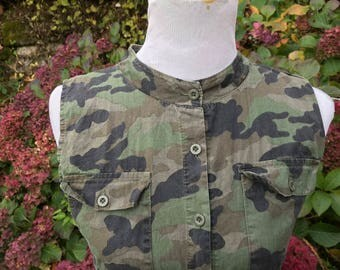 Camo Jumpsuit // Small // Medium // Camouflage // One piece // Green // 6 // 8