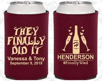 Burgundy Wedding, Burgundy Can Coolers, Burgundy Wedding Favors, Burgundy Wedding Gift, Burgundy Party Decorations (582)