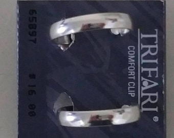 """On Sale Vintage Silver Tone Clip On Earrings, Clip On Hoop Earrings, 1"""" Hoop, Comfort Clip Earrings, Vintage and New on Card"""