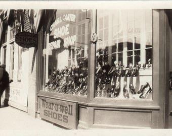 Wear U Well Shoe Store