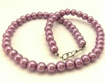 Vintage Necklace Light Purple Pearls Glass Round Beads 8.0 mm Wonderful Women