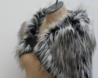 White Black Wolf Pelt Fur Ruff, Leather Chest Straps, Fur Collar Leather Chest X Strap, Moyamensing, black white fur shoulder