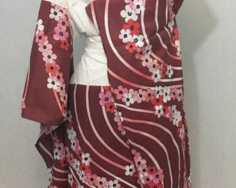 Maiko style customizable red juban under kimono