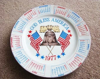Vintage Collectible 1977 Spencer Gifts Calendar Plate God Bless America Year Collector Plate Red White & Blue, Vintage Patriotic Plates