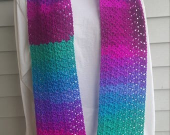 jazzy striping scarf, striping scarf, crochet scarf. (polo stripe)