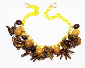 1940s Celluloid Autumn Acorn Twigs Necklace Celluloid Charms Choker Novelty Necklace