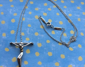 Authentic Tiffany and Co Elsa Peretti Cross rosary crucifix necklace!